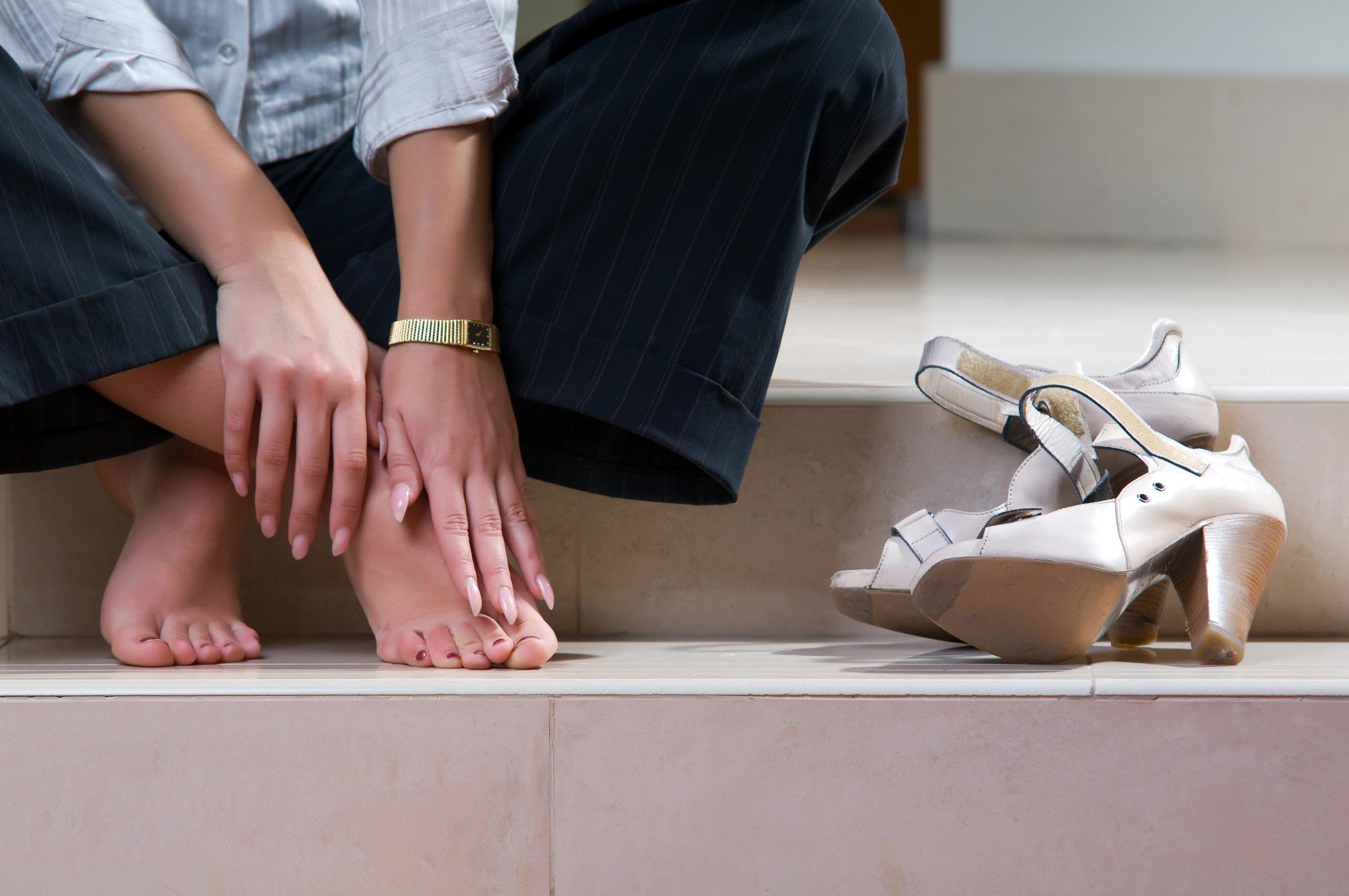 Как растянуть обувь в домашних условиях: увеличить на 21