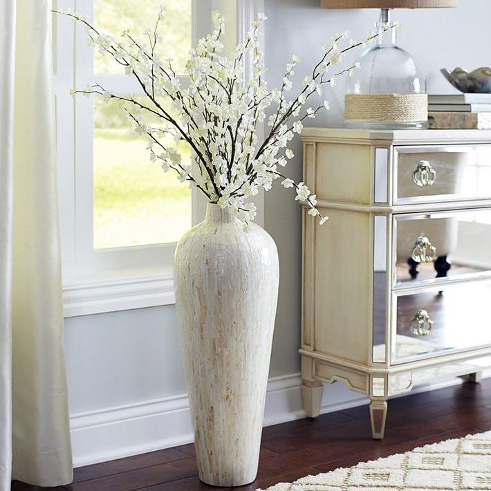 напольные вазы в интерьере фото
