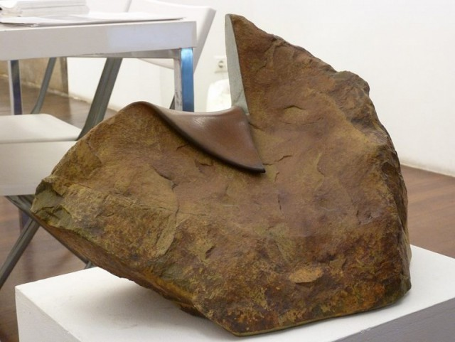 Испанец научился мять камни для создания скульптур прикол, фото