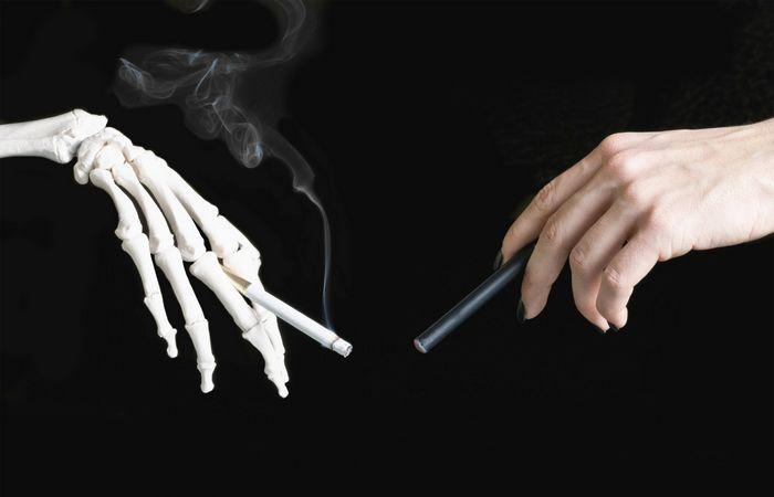 Курение табака.