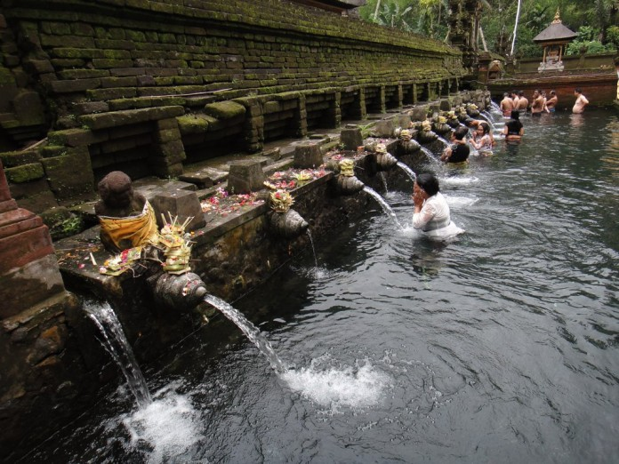 Tirtha Empul Temple , Bali