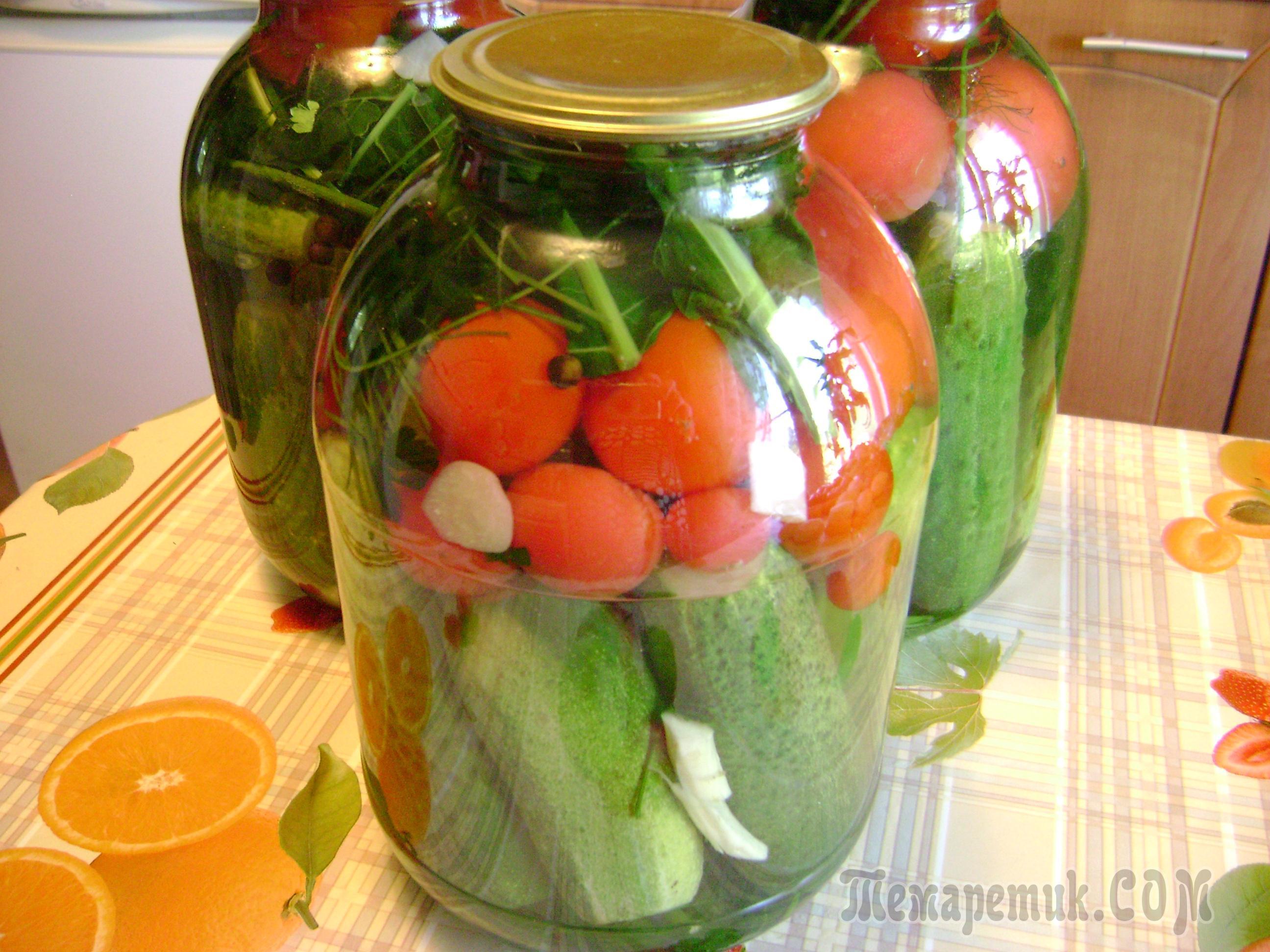 Простой консервированный салат из помидоров и 72