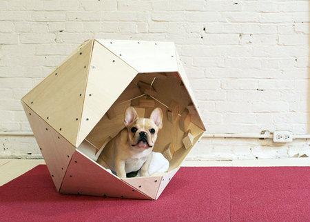 12 креативных домиков, которые хозяева сами сделали для своих собак фото 9