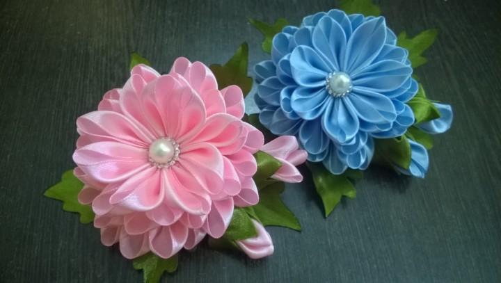 Большие цветы из атласной ленты своими руками