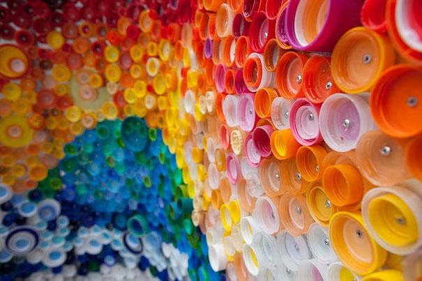Что можно сделать из пластиковой бутылок своими