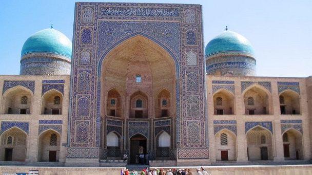 Мечеть Биби Ханым в Самарканде (фото)