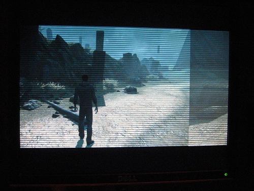 Почему на экране монитора появляются горизонтальные полосы