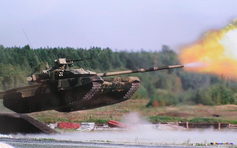 Обои для рабочего стола танк т 90