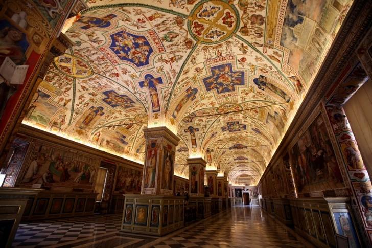 vatikanskaya-apostolskaya-biblioteka