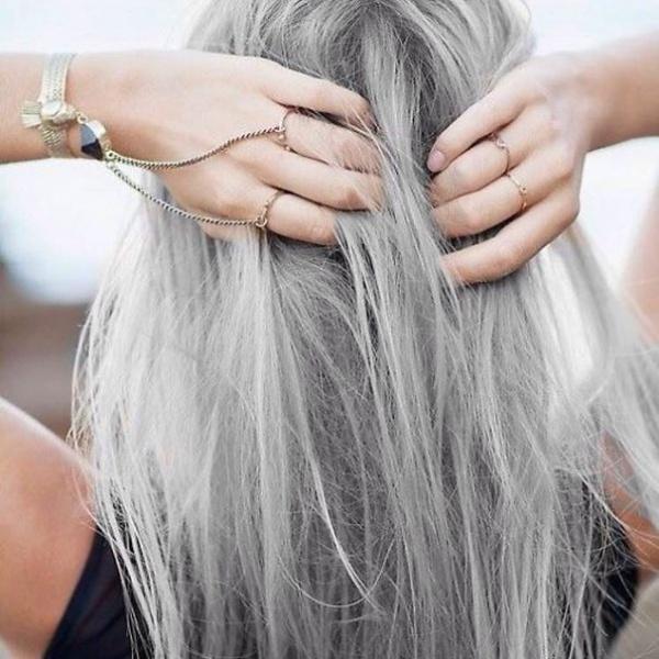 Седые волосы — это красиво