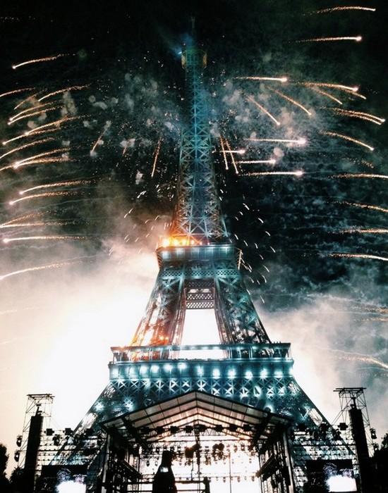 Эйфелева башня могла быть построена в Барселоне, Испания.