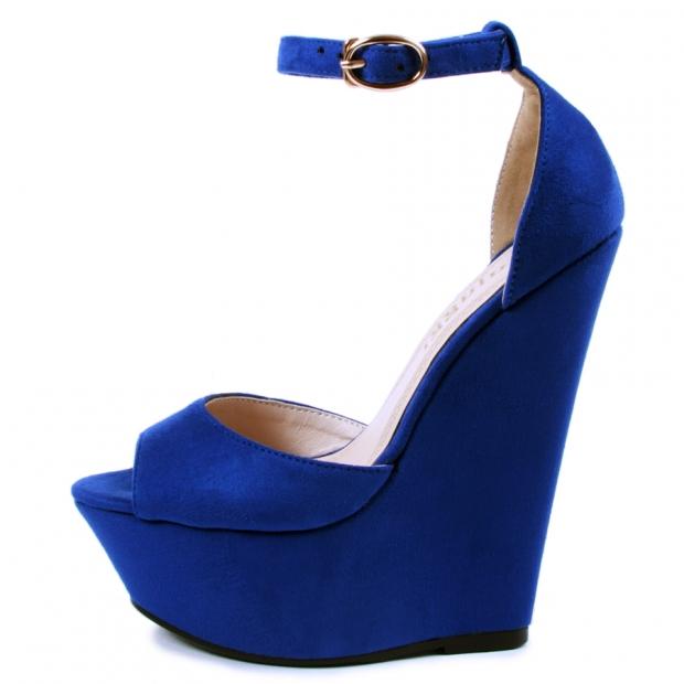 Синие туфли, фото