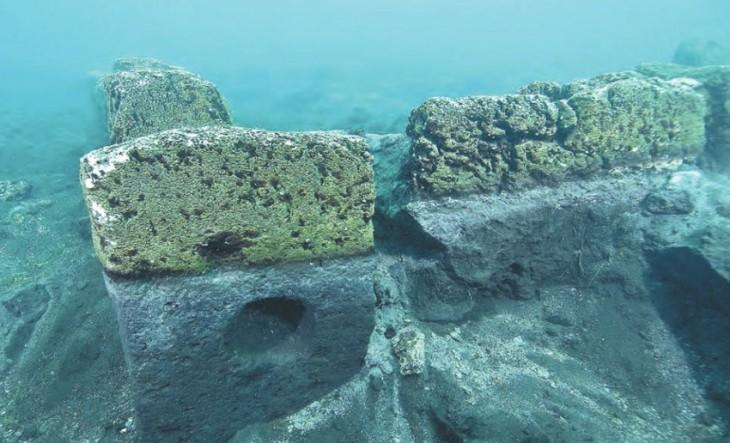10 великих построек, спрятанных на дне морей