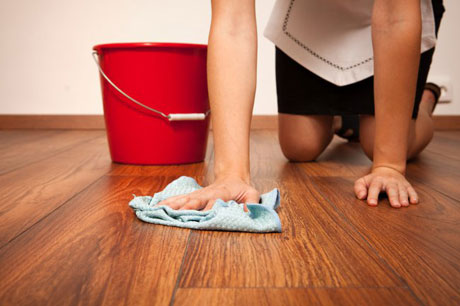 как отмыть ламинат