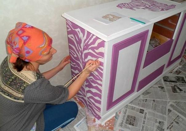 Декорирование старой мебели. Вторая жизнь комода