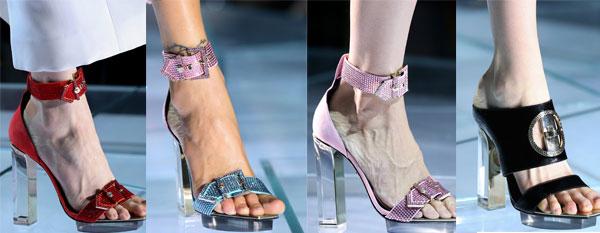 Модный прозрачный каблук от Versace весна-лето 2015