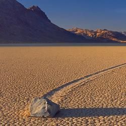 Долина движущихся камней, Калифорния