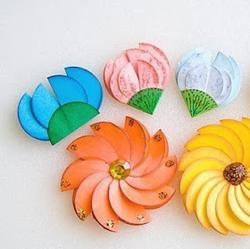 Цветочки из бумажных кружочков