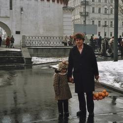 Когда мы были детьми: 18 цветных фотографий Москвы и москвичей 30 лет назад