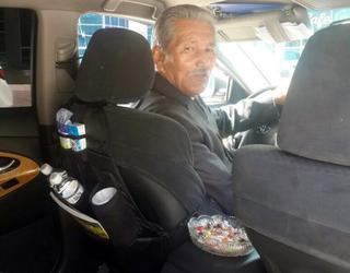 Необычный таксист из Алматы стал звездой после поста в соцсетях