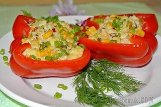 Перец, фаршированный пшеном и сыром