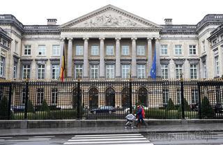 Депутат: парламент Бельгии принял к рассмотрению резолюцию об отмене санкций ЕС против РФ
