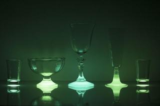 Как своими руками сделать светящиеся в темноте стаканы