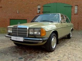 Абсолютно новый, законсервированный Mercedes-Benz E-class W123 1984 года выпуска