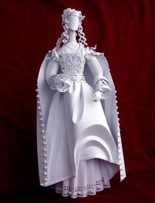 Невероятные скульптуры из бумаги!