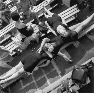 Шедевры от мастеров уличной фотографии: реальная жизнь в каждом снимке