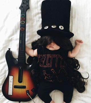Креативные фотографии спящей малышки