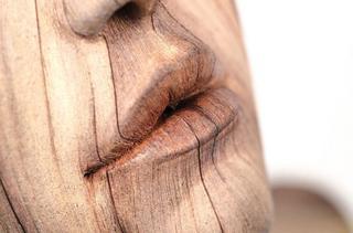 Деревянные скульптуры из керамики