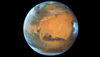 Приблизившийся к Земле Марс можно разглядеть даже через мобильник