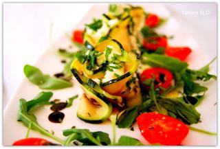 Кабачки гриль закусочные с творожно-сырной начинкой