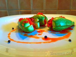 Кимчи из кабачков. Если сильно по-умному, они собаджи