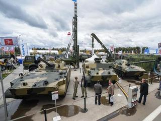 Разработчик рассказал о возможностях боевых машин «СПРУТ» И «ДРАГУН»