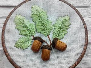Создаем панно «Осенние желуди» в пяльце