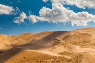 Жестокие и прекрасные поющие пески