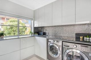 Встроенная стиральная машина на кухне: советы по выбору и 60+ оптимальных вариантов размещения