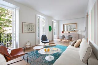 Просторная квартира в Мадриде