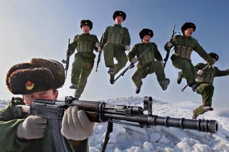 В атаку! армия, военные, прикол, юмор