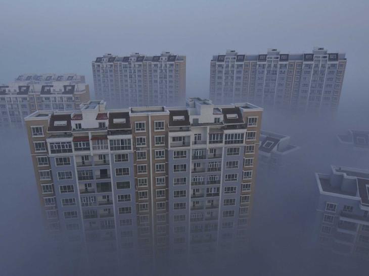 Время от времени Пекин в 20 раз превышает предельно допустимую концентрацию загрязняющих веществ в воздухе по версии Всемирной организации здравоохранения. авто, китай, свалка