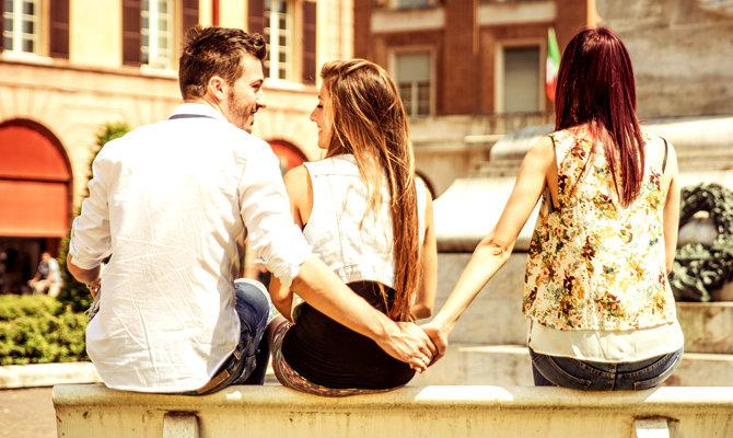 How can you find out if your boyfriend is on a dating site