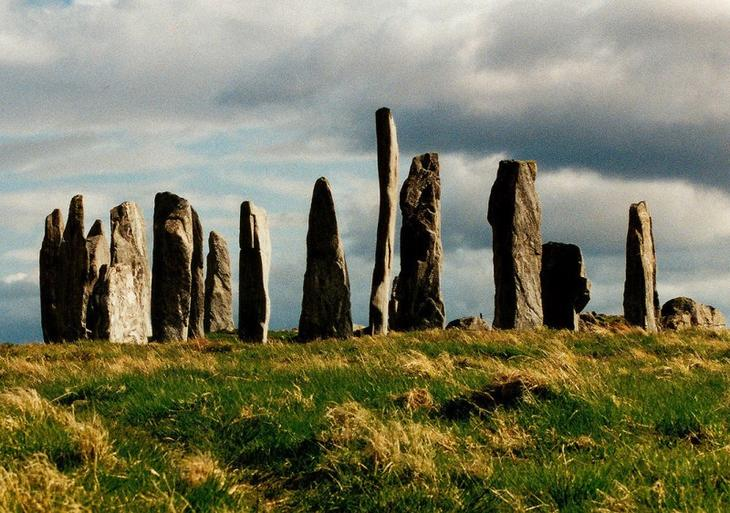 Callanish_standing_stones_1