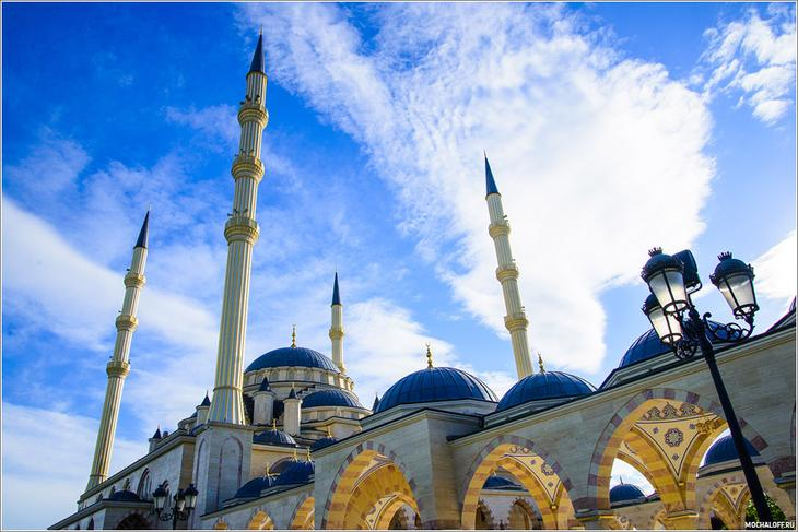 Мечеть Сердце Чечни. Грозный. Фото мечети Сердце Чечни.  2015.