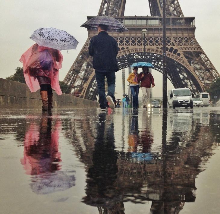 13 дождь люди и эйфелева башня