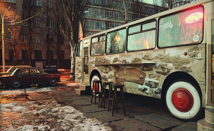 9. Кофейня на колесах автобус, креатив, луаз