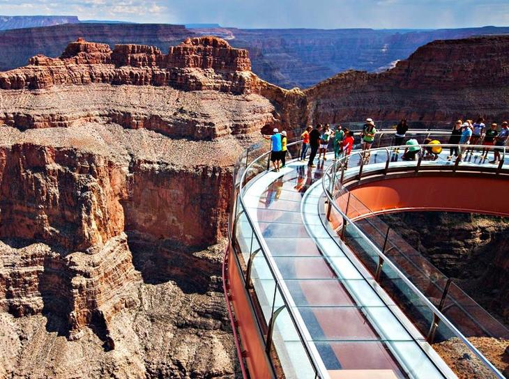 5-Star-Grand-Canyon-Helicopter-Tours-Skywalk-Express-Tour