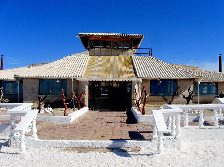 Удивительный отель из соли Паласио-де-Саль в Боливии. Фото