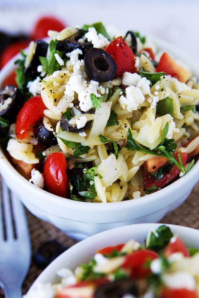 Легкий салат с рисом